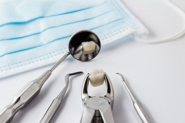 chirurgia dentystyczna łódź